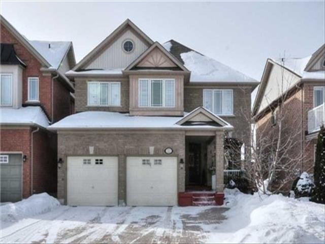 22 Lacona Cres Richmond Hill