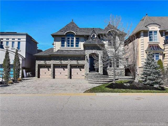 96 Cook's Mill Cres Vaughan